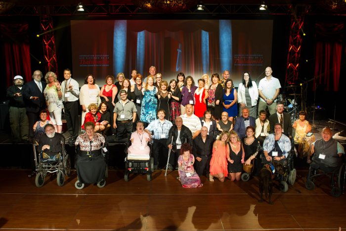Photo de groupe prise lors de l'évènement distinction