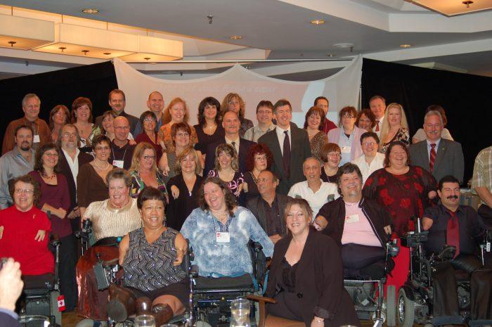 Photo de groupe prise lors du 20ième anniversaire de l'ACVT